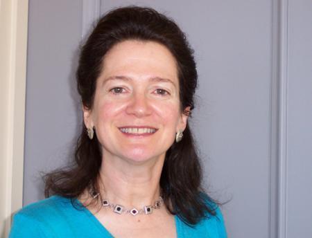 Photo of Linda Neuhauser